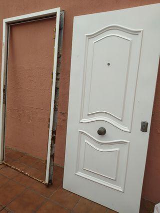 Puerta de entrada interior/exterior