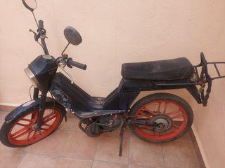 Motocicleta Antigua