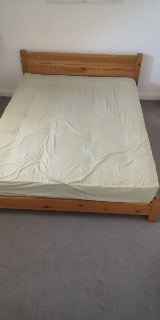 Bed + mattress king size