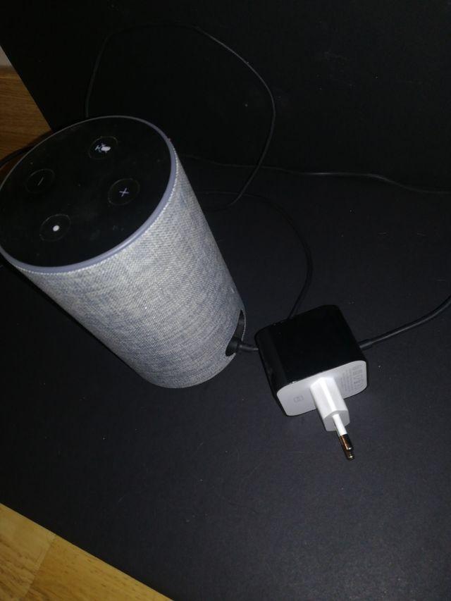 Alexa echo segunda generación gris