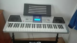 Keyboard Piano with stand and stool