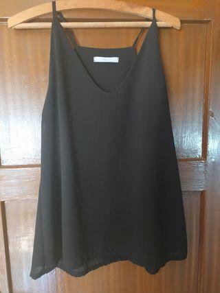 camisas de diferentes tallas y modelos
