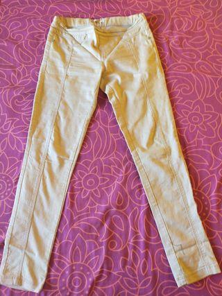 pantalones pitillo diferentes colores y estilos