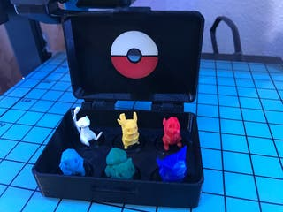 Caja con 6 Pokémon