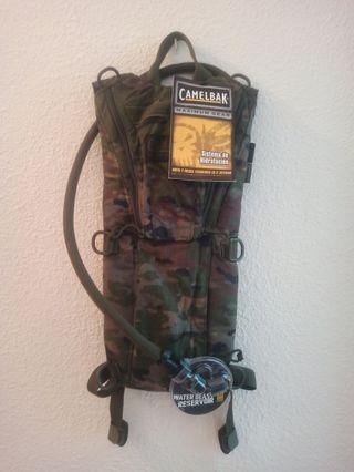 camelbak 3l pixelado boscoso