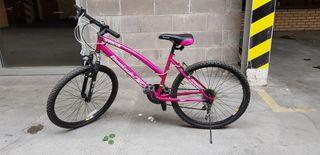 """Women's bike 26"""" wheels"""