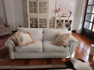 sofa de 3 plazas y de 2, beige clarito