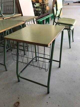Pupitres y mobiliario escolar