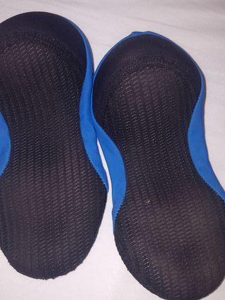 calcetines piscina