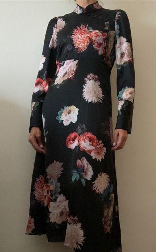 Vestido midi satén Zara