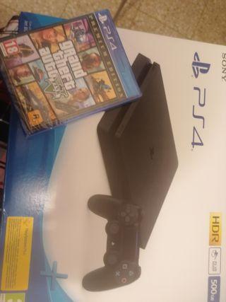 PlayStation 4 + juego GTA V