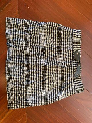 Falda de cuadros Zara