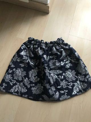 Falda flores Zara