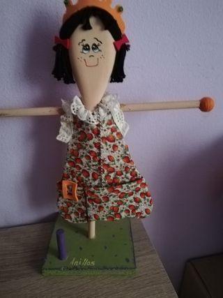 muñeca artesanal para anillos collares y pulseras