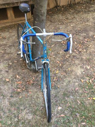 Vélo de course vintage Carlton