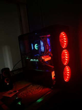 PC Gamer muy potente