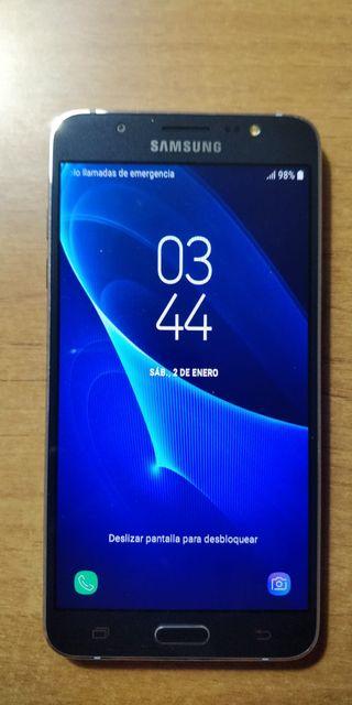Móvil - smartphone Samsung Galaxy J7 (2016)