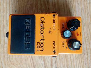 Pedal distorsion Boss DS 1