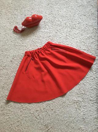 Falda XS Zara roja
