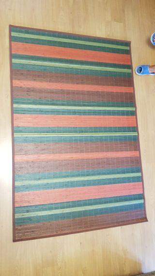 Alfombra de bambú de colores
