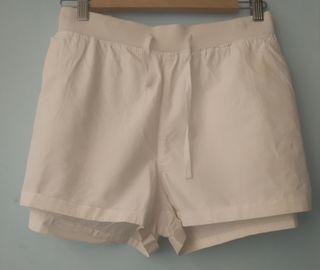 pantalones cortos talla 46