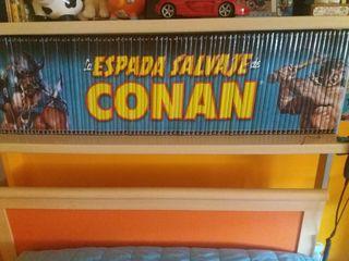 colección Espada Salvaje de Conan y espada