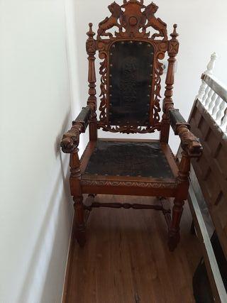 Mesa de despacho y sillon