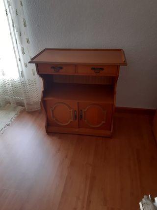 Mueble de entrada.