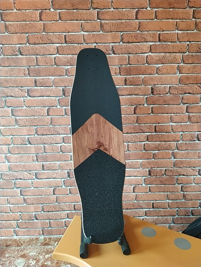Tabla longboard típo Loaded Poke