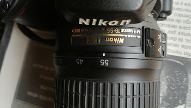 Cámara reflex Nikon AF500,Objetivo 18-55