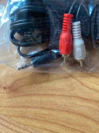 Cable audio RCA a 3,5mm