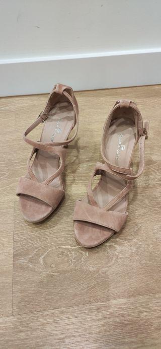 sandalias altas Gloria Ortiz
