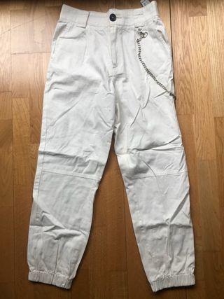Pantalón cargo blanco de mujer