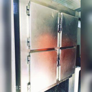 Armario frigorífico industrial 4 puertas