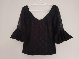 Blusa encaje flamenca