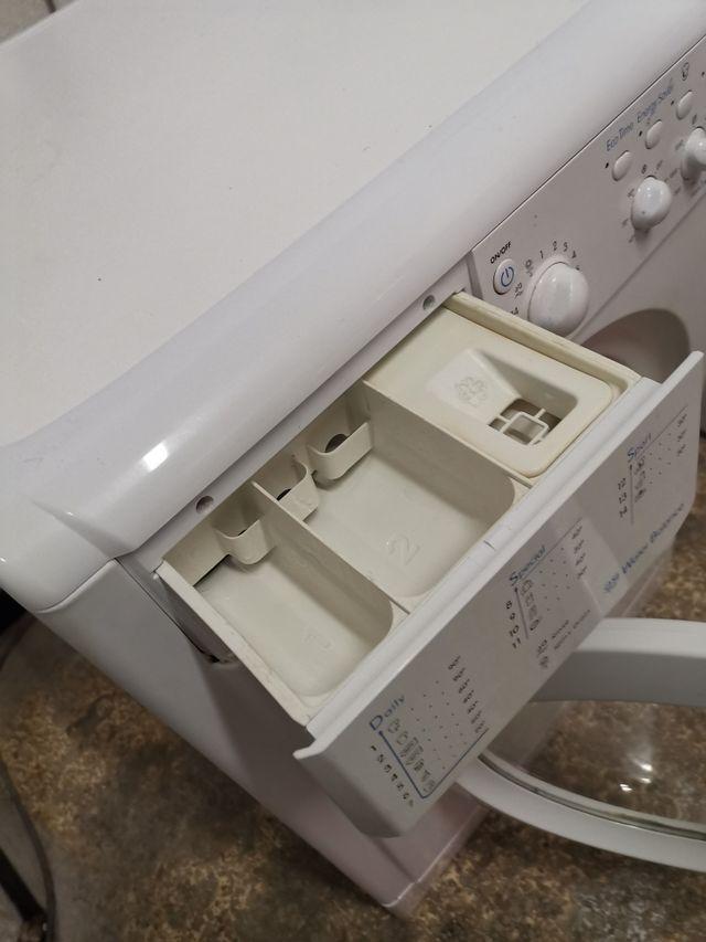 Lavadora Indesit 7kg 1200rpm A+
