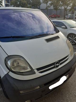 Opel Vivaro 2001