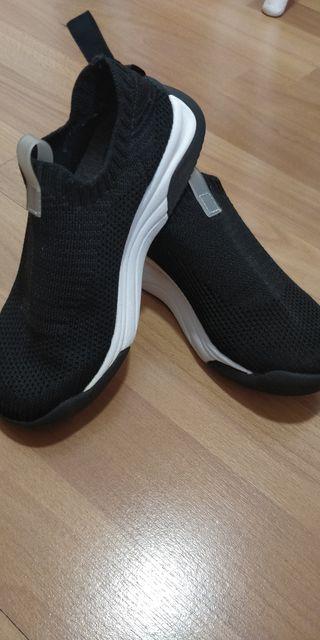 deportivo calcetín ZARA, T.30
