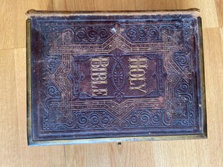 Holy Bible from 1.865 aprox