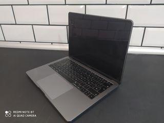 MacBook Air 13 , i5 (2018)