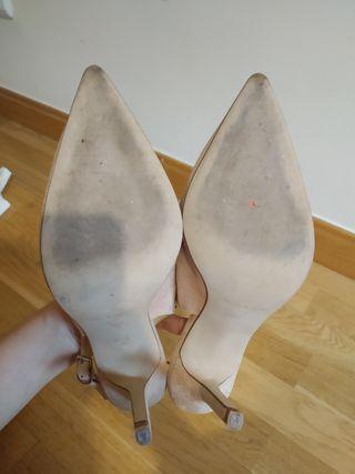 Zapatos de salón destalonados T. 38