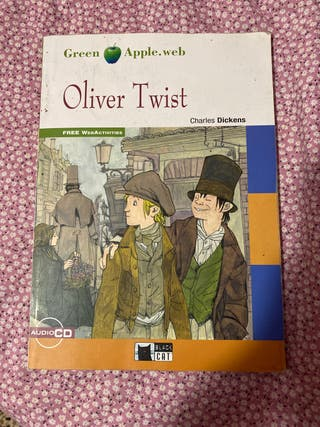 Oliver Twist Black Cat