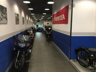 Traspaso local compraventa/reparación motocicletas