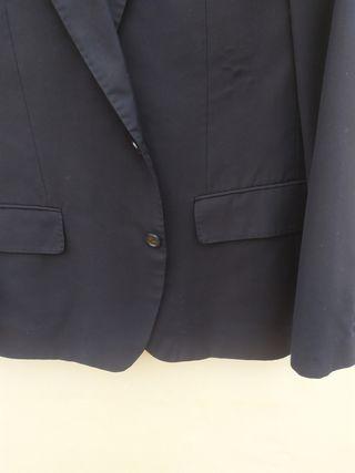 chaqueta azul marino