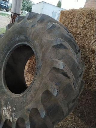 rueda tractor o cosechadora