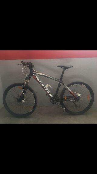 Bicicleta de montaña Scott Navajo