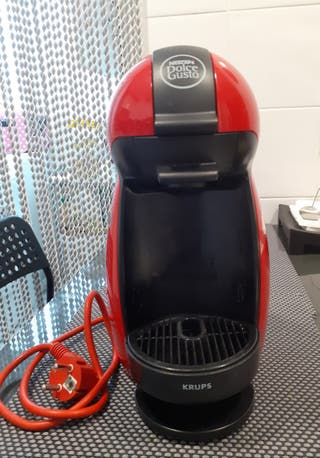 Cafetera Nesspreso DOLCE GUSTO