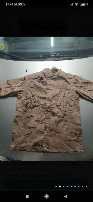 uniforme árido pixelado
