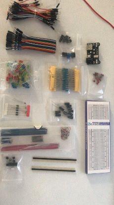 Componentes Electrónicos:Resistencias, Leds .. etc