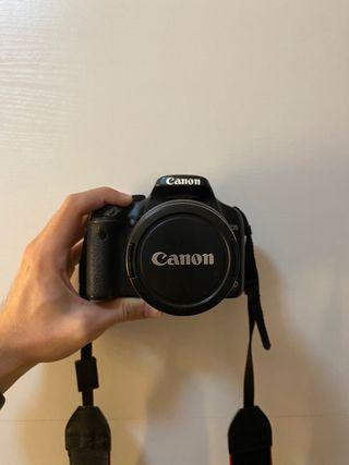 Cámara de fotos reflex digital Canon EOS 450D